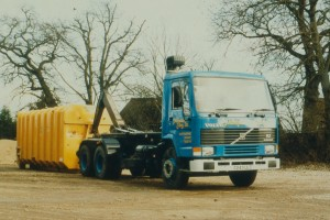 Volvo FL7 6x4 24 tonne Boughton 'A' type 6.26 hook loader lifting a 30 cubic yard container for Drinkwater Sabey Ltd early 1980's (October 2017).